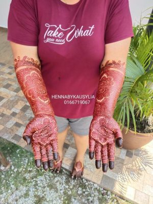 Henna by Kausy Lia